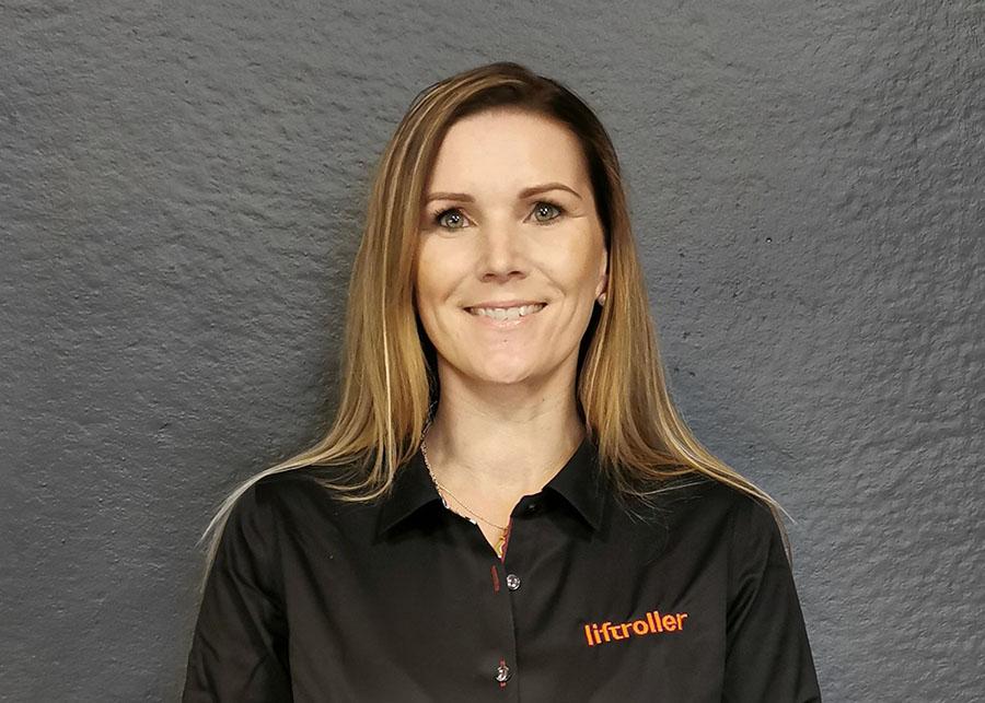 Lena Kaasa Bråten Communications Manager i Liftroller AS