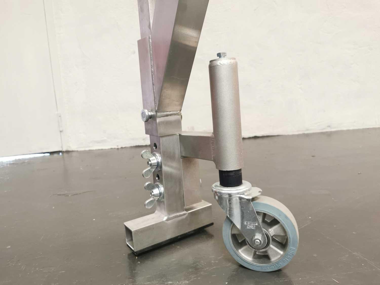 Nærbilde av manøvreringshjul på Liftroller Crane